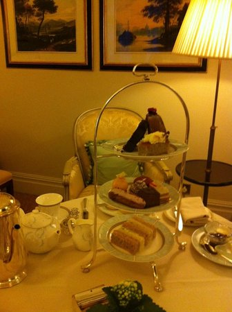 The Savoy: afternoon tea in our room