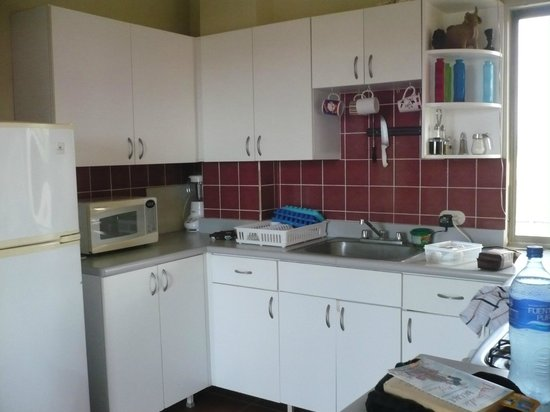 Hotel Popoyo: Kitchen area