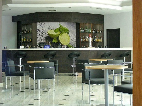 Tryp Malaga Guadalmar Hotel : Lounge
