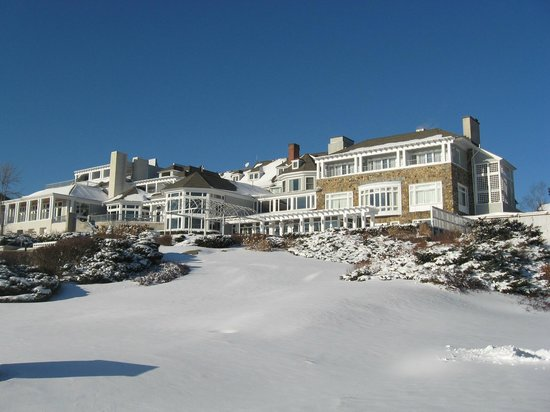 Water's Edge Resort & Spa: winter wonderland