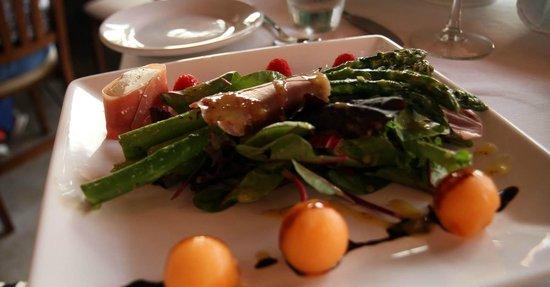 Bistro Teresa: First course- asparagus