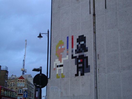 Alternative London: Space invaders