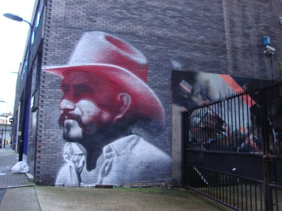 Alternative London: Pazzesco