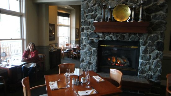 The Resort at Port Ludlow: Fireside restaurant