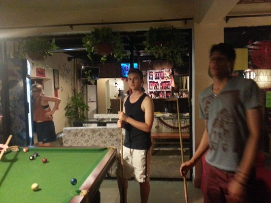 Wada Hostel: Pool Table