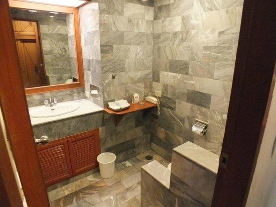 The Park Hotel: Salle de bains