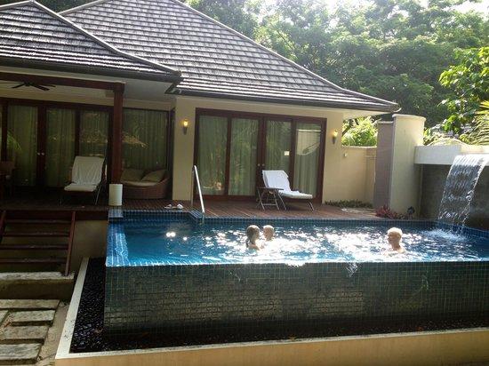 Hilton Seychelles Labriz Resort & Spa : The private garden of our villa