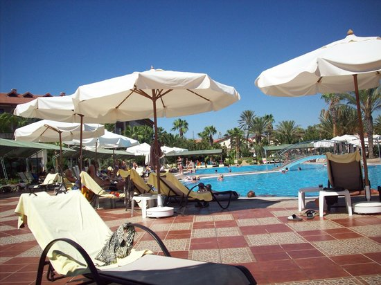 Club Hotel Turan Prince World: piscine