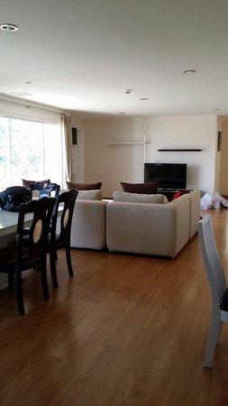iCheck Inn Residences Sathorn: Hallway