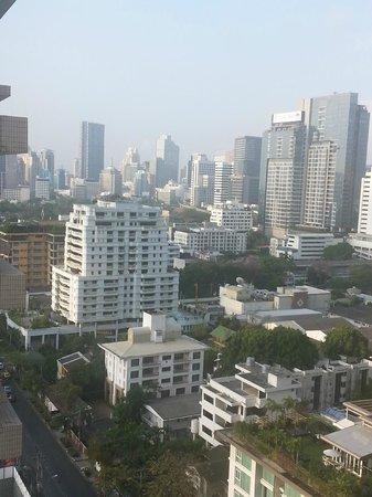 Centre Point Hotel Chidlom : vu de ma chambre au 20 eme etage