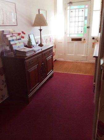Earlham Guest House: Entrance 01603 454 169 07502478868(07545826555)