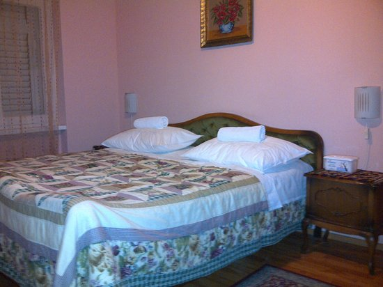Split Apartments - Peric Hotel: BIG ENOUGH FOR TWO