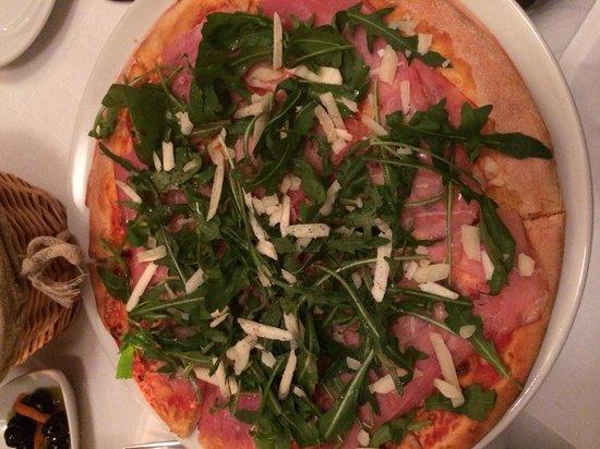 Trattoria i Siciliani: Parma Ham Pizza