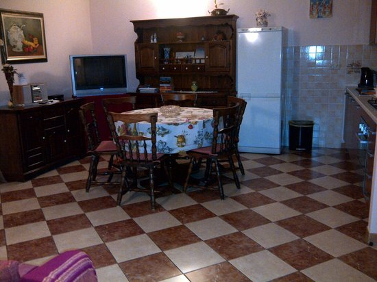 Split Apartments - Peric Hotel: THE APT DINING AREA