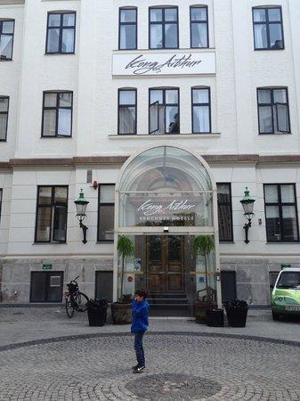 Hotel Kong Arthur: Inngangspartiet til hotellet