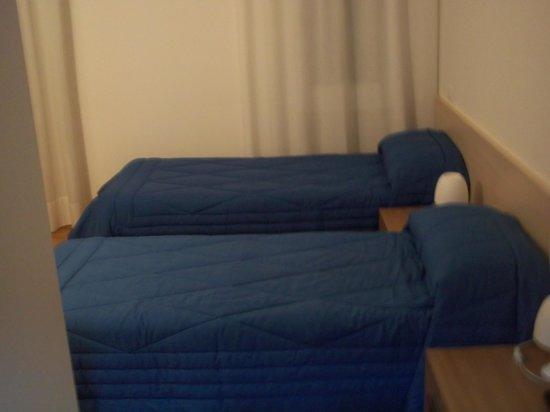 Hotel Gronda Lagunare: camera con due letti