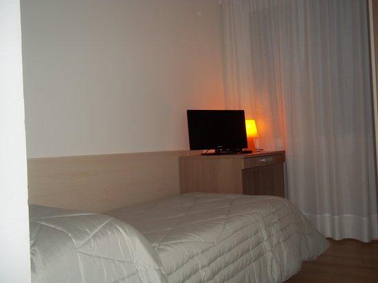 Hotel Gronda Lagunare: camera con letto singolo