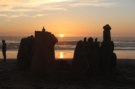 San Diego Sand Castles: Sunset over our sculpture