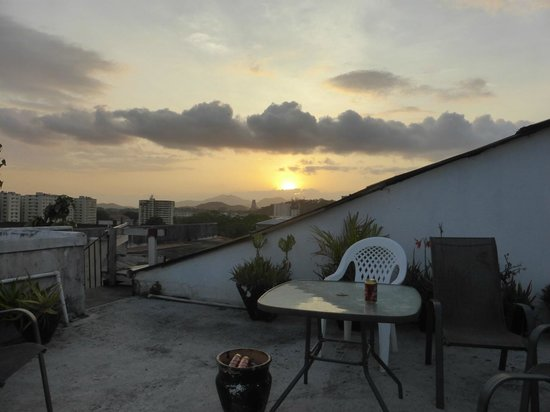Casco Antiguo : Sunset from the rooftop