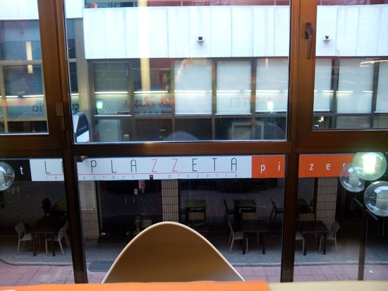 Hotel Les Closes: Vista desde la sala de desayunos