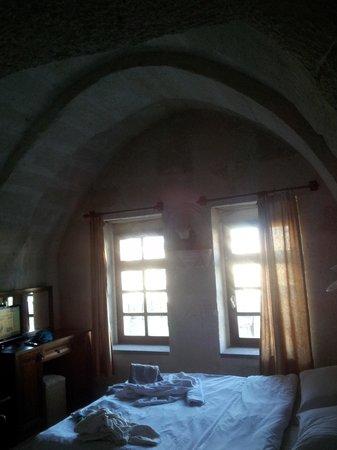 Lalezar Cave Hotel: Наш номер