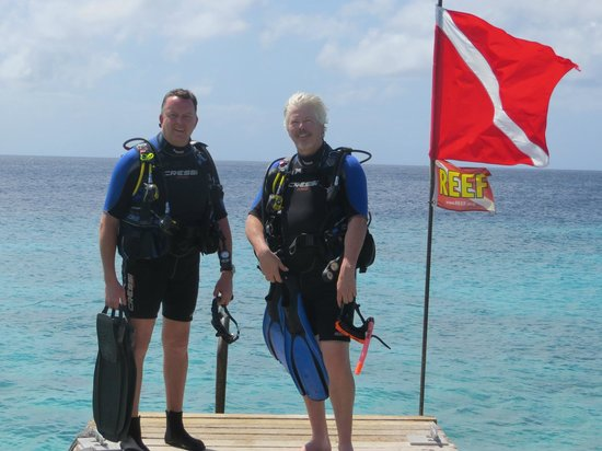 Shore Diving @ Go West Diving, Curacao