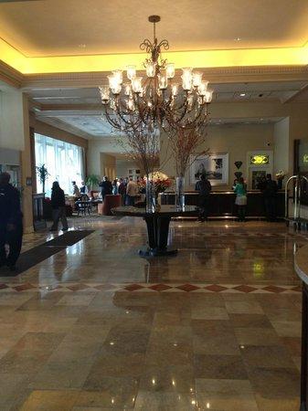 The Chase Park Plaza : Lobby