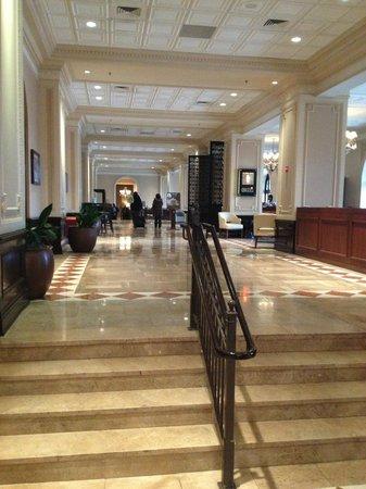 The Chase Park Plaza: Main Hallway