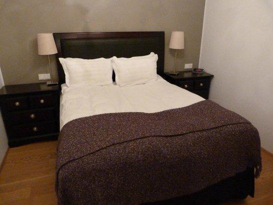 Hotel Odinsve: Master Bed