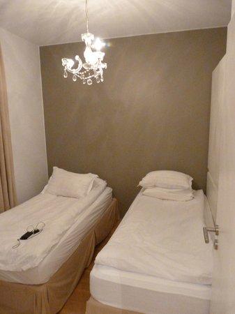 Hotel Odinsve: Twins