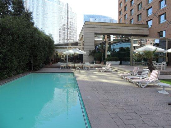 Atton Las Condes: Piscina del Hotel