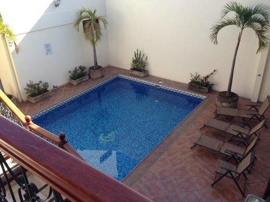 Hotel El Almirante : Pool