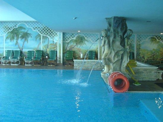 Hotel Abano Terme Cristoforo: piscina interna ed esterna favolose