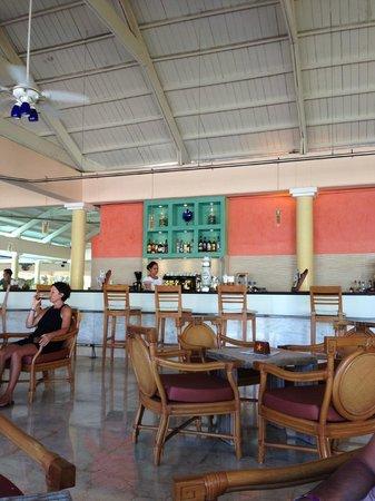 Iberostar Punta Cana: Bar in the lobby