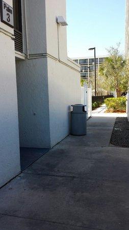 Sheraton Lake Buena Vista Resort: Entrance to elevator lobby