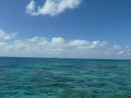 Hatchet Caye Resort: view from chairs outside #6