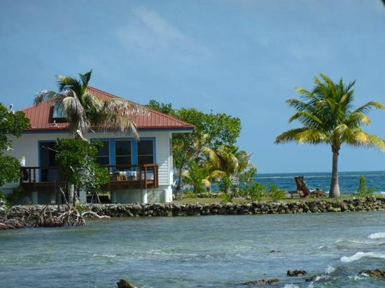 Hatchet Caye Resort: view of cabana #6 from south dock