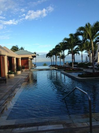 Four Seasons Resort Maui at Wailea: View from Serenity Pool cabana