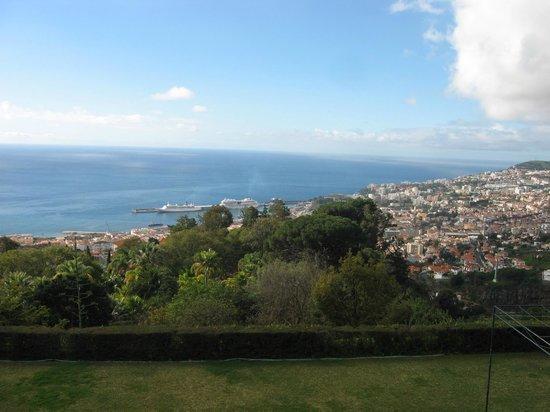 Madeira Botanical Garden : View to the harbour