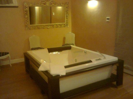 Hotel Villa Silvana: la Iacuzzi