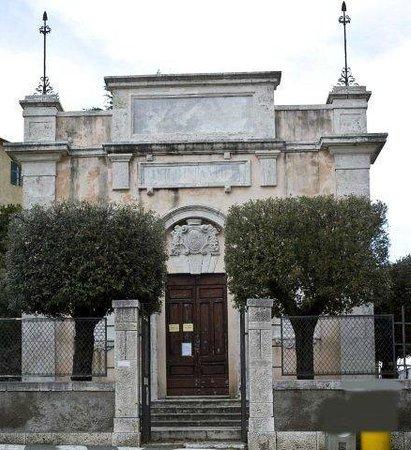 Biblioteca di storia dell'Arte di Montemerano