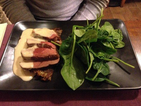 Au jardin : Duck breast with potato gratin and spinach