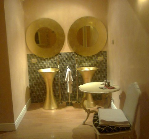 Hotel Villa Silvana: i lavandini
