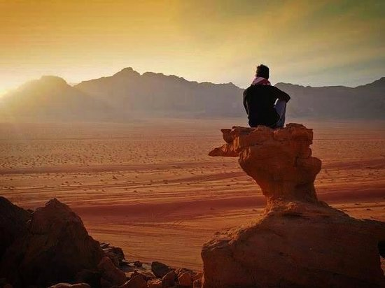Wadi Rum Candles Camp: ....
