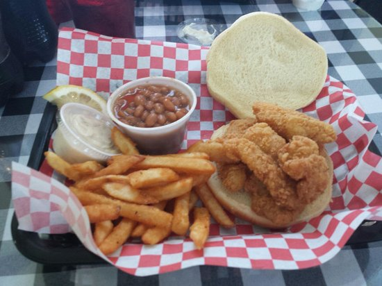 The Fish Guy: Basket grouper lunch... Yummy!