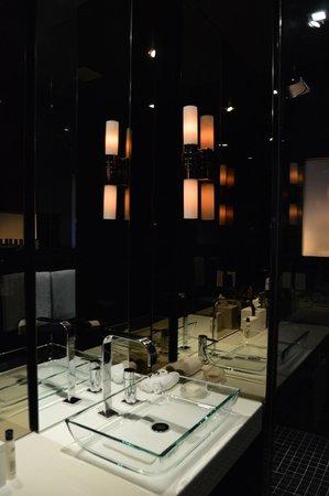 Andaz Wall Street: Bathroom