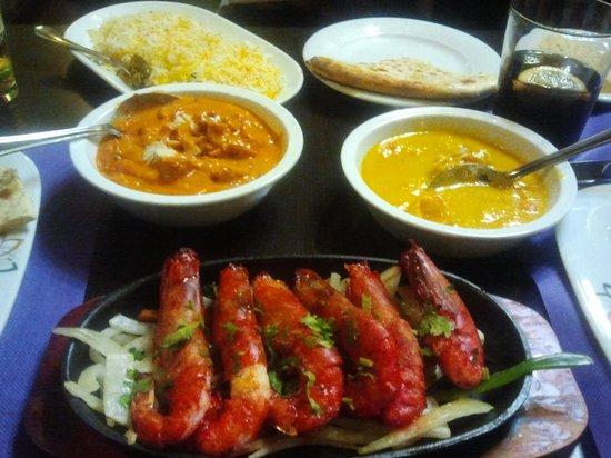 Madras Masala Indian Restaurant: platos
