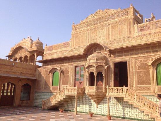 WelcomHeritage Mandir Palace : Zona ristorante