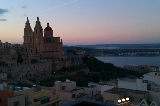 Pergola Hotel & Spa: Sunset view from balcony