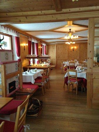 Hotel Vallee Blanche : Sala colazione